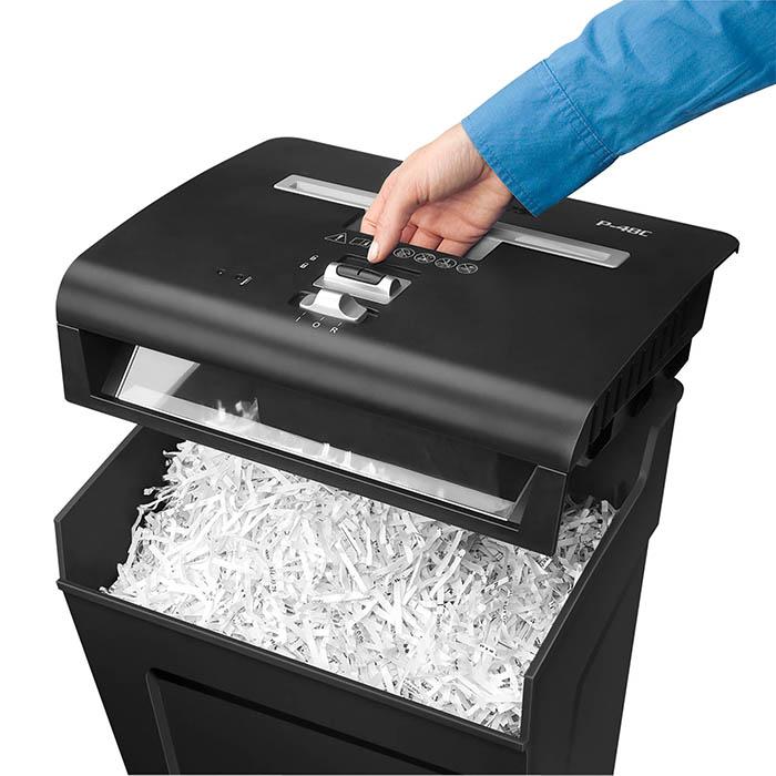 Предлагаем купить надежные уничтожители документов, которые непременно пригодятся как для офиса, так и для дома